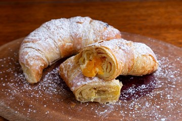 Imagem de Croissant Brie com Damasco (Un)