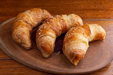 Imagem de Croissant de Queijo Minas (Un)